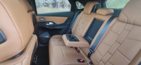בוחנים רכב • היהלום הצרפתי – DS7בנסיעת מבחן